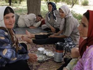 """""""Jag vill ha en ung oskuld"""" – TV dokumentär om patriarkat"""