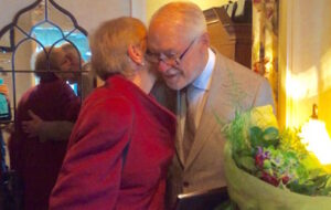Dr. Erik Enby uppvaktades av Humanism & Kunskap, Göteborgsgruppen den 12 maj