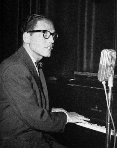 Tom Lehrer, amerikansk musiker och matematiker, uppträdde under 50- och 60-talen med satiriska sånger om amerikansk politik och kärnvapen (Wikicommons)