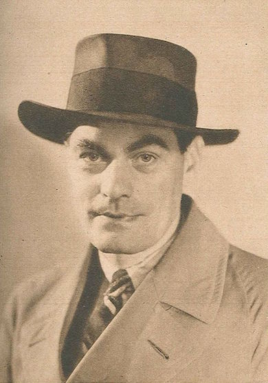 Jan Fridegård på ett foto ur Vecko-Journalens julnummer 1943. Public Domain