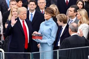 Donald Trump är installerad