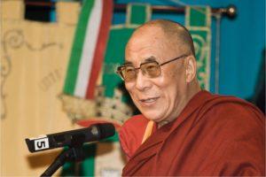 Dalai Lama möter gymnasister i Globen