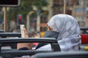 Kvinnliga bilförare tillåts i Saudiarabien men kvinnorättsaktivister fängslas