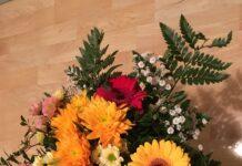 Blomsterkvast från Lisbet. Foto Ritva Peratt